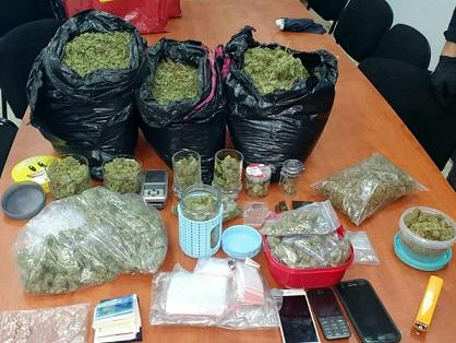 חשוד בסחר בסמים נעצר כשברשותו כ-5 קילוגרם קנאביס