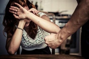 האישה שינתה עמדתה על דוכן העדים והנאשם זוכה