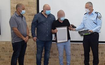 פיצוח מבצע 217: סוכן חשאי שהוחדר כעבריין בקרב סוחרי סמים ונשק הוביל לגל מעצרים בכל הארץ